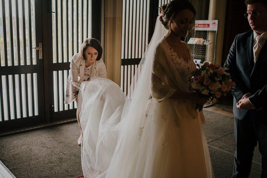 Piękny, wzruszający ślub - Dworek BINKOWSKI Kielce 46