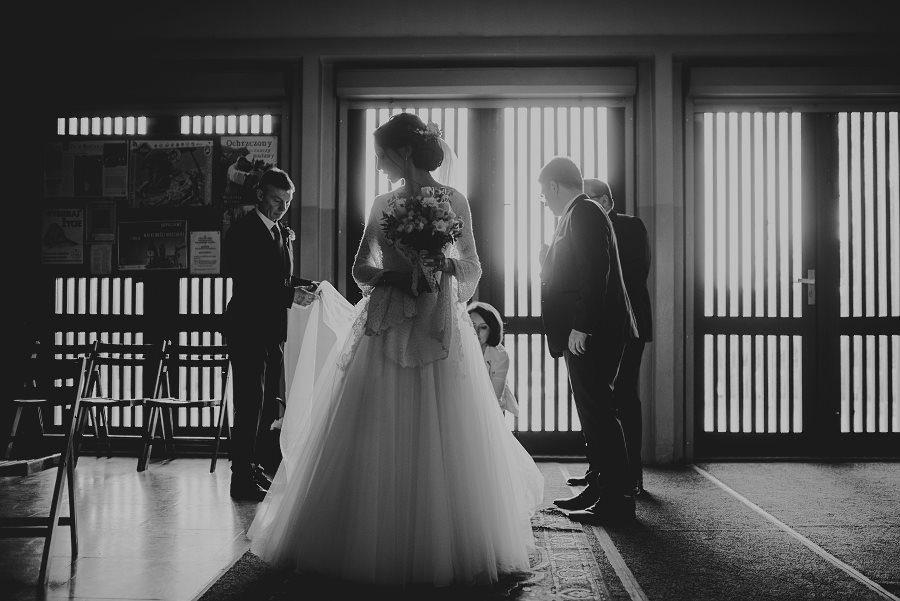 Piękny, wzruszający ślub - Dworek BINKOWSKI Kielce 47