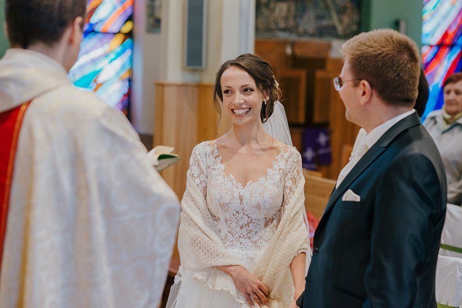 Piękny, wzruszający ślub - Dworek BINKOWSKI Kielce 58