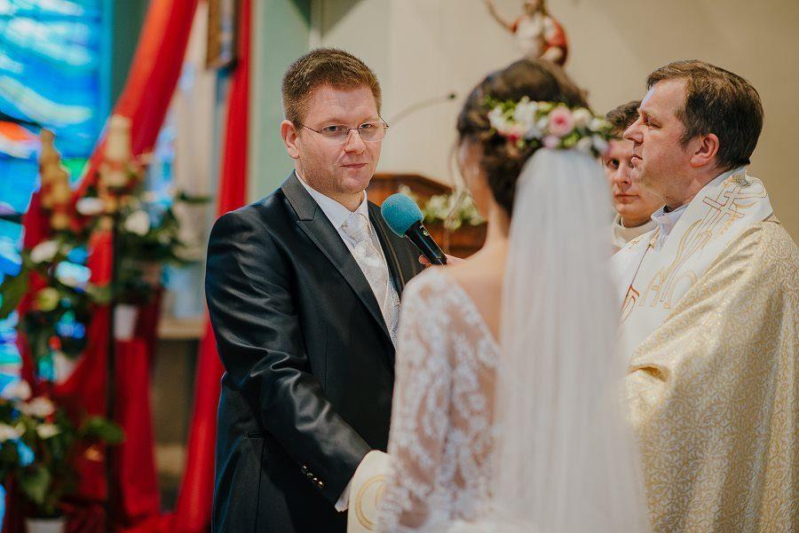 Piękny, wzruszający ślub - Dworek BINKOWSKI Kielce 61