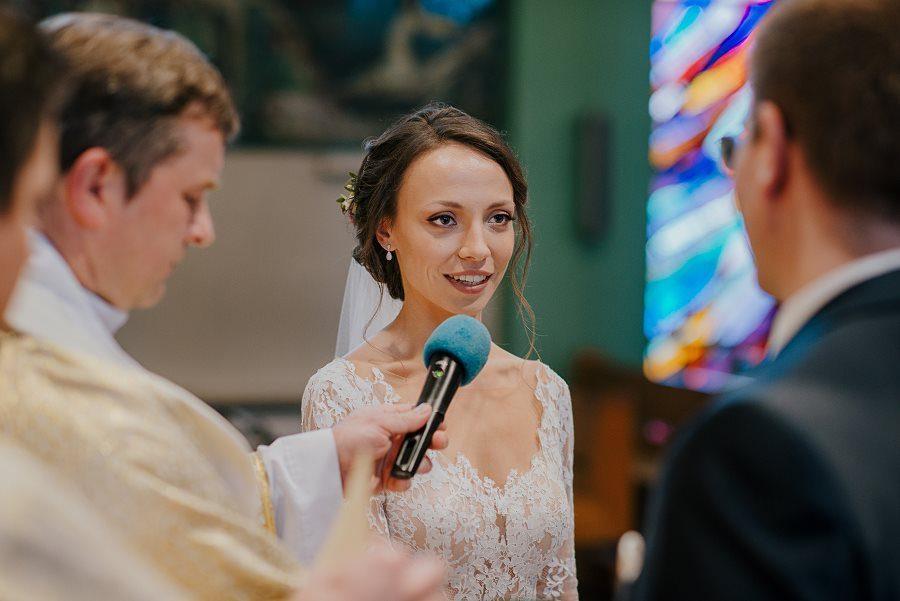 Piękny, wzruszający ślub - Dworek BINKOWSKI Kielce 62