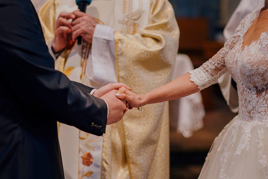 Piękny, wzruszający ślub - Dworek BINKOWSKI Kielce 65