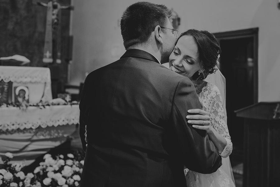 Piękny, wzruszający ślub - Dworek BINKOWSKI Kielce 70