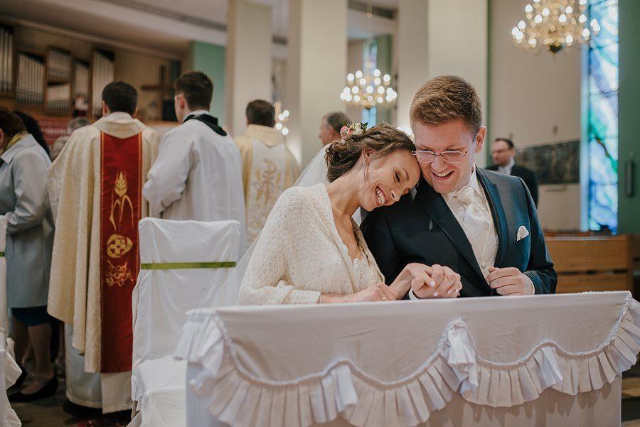 Piękny, wzruszający ślub - Dworek BINKOWSKI Kielce 74