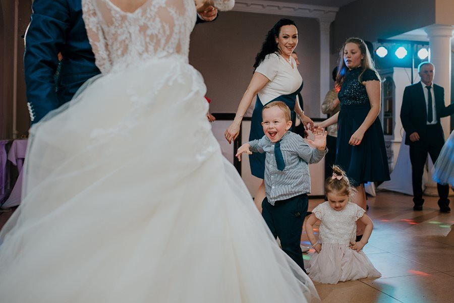 Piękny, wzruszający ślub - Dworek BINKOWSKI Kielce 91