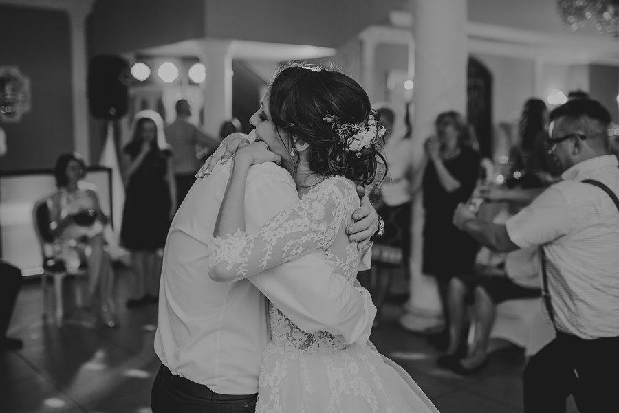 Piękny, wzruszający ślub - Dworek BINKOWSKI Kielce 112