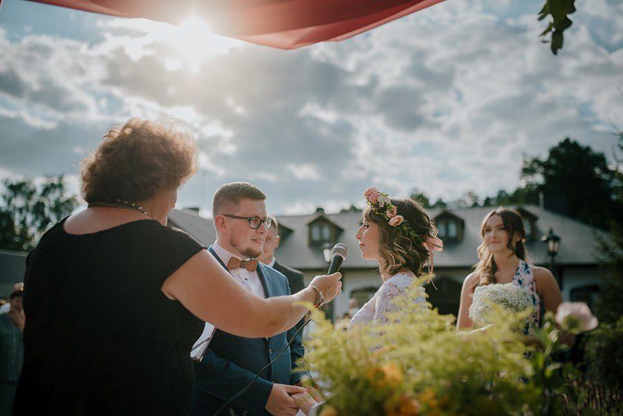 Plenerowy ślub w Kielcach - Dworek w Masłowie 219