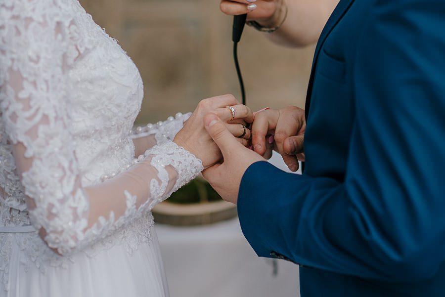 Plenerowy ślub w Kielcach - Dworek w Masłowie 220