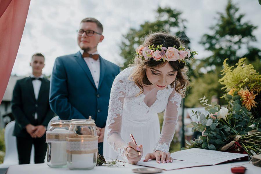 Plenerowy ślub w Kielcach - Dworek w Masłowie 224