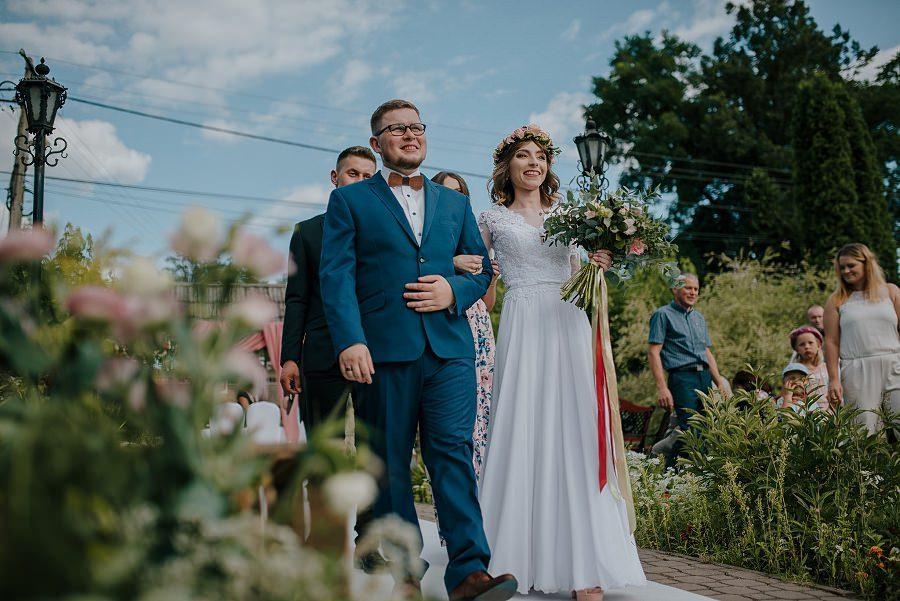Plenerowy ślub w Kielcach - Dworek w Masłowie 226