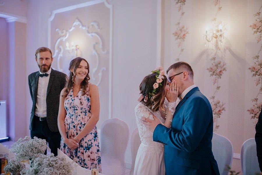 Plenerowy ślub w Kielcach - Dworek w Masłowie 235