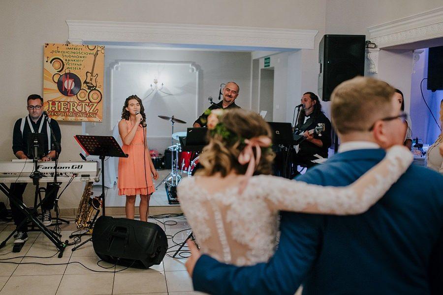 Plenerowy ślub w Kielcach - Dworek w Masłowie 243