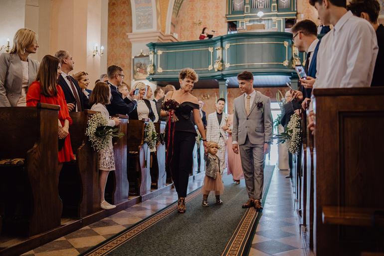 Martyna i Mirek - fotografia ślubna - Hotel Uroczysko - Kielce 33