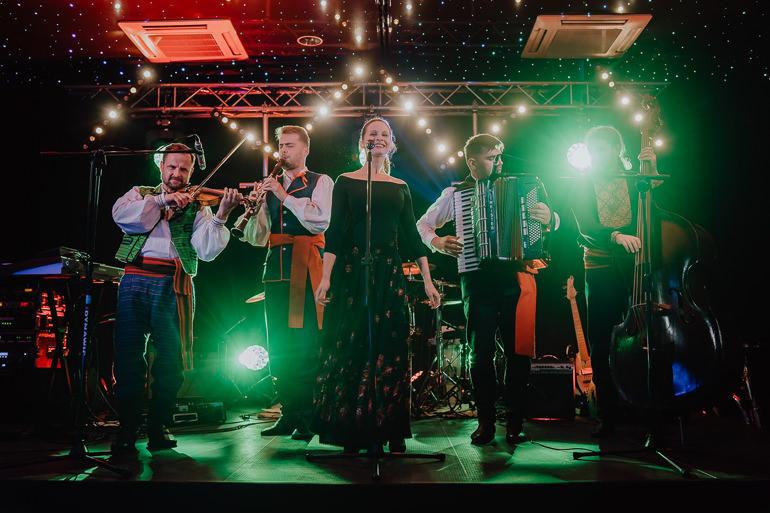 Martyna i Mirek - fotografia ślubna - Hotel Uroczysko - Kielce 146