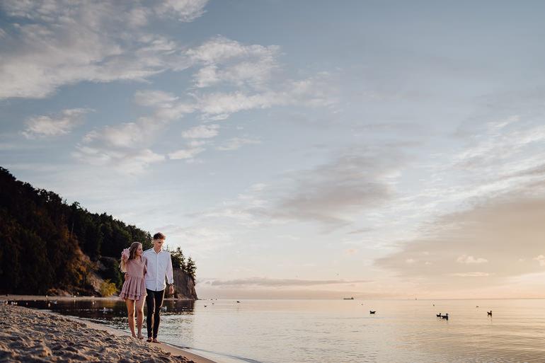 Ada & Kuba - sesja narzeczeńska nad morzem - Klif w Orłowie - Gdynia 13