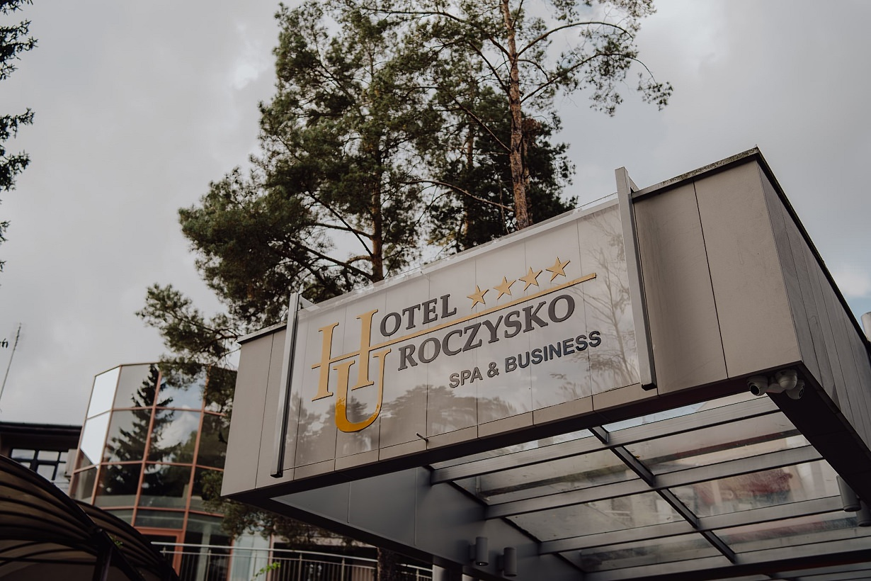 Martyna i Mirek - fotografia ślubna - Hotel Uroczysko - Kielce 73
