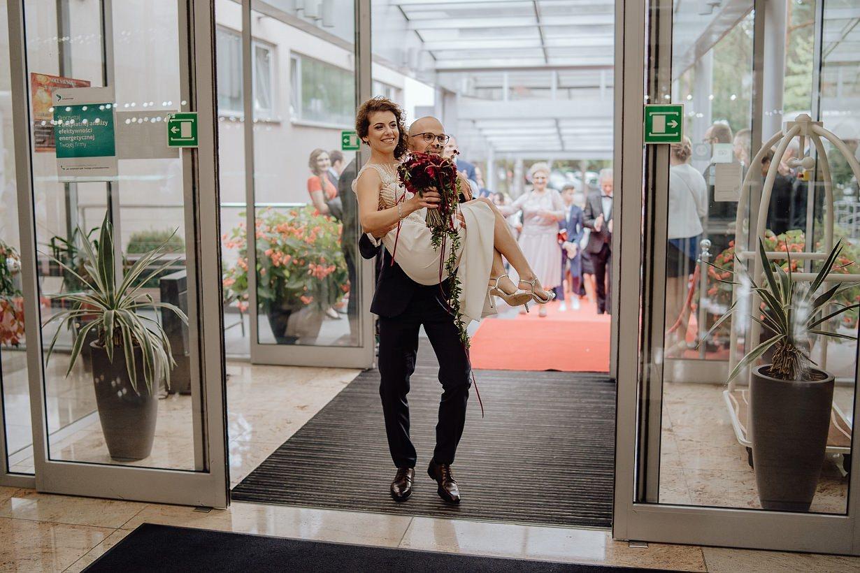 Martyna i Mirek - fotografia ślubna - Hotel Uroczysko - Kielce 82